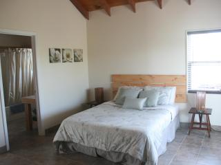 Queen size bed Guest House
