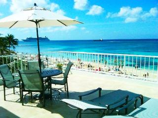 Ultimate Oceanfront Penthouse W Unbeatable Views!!, Seven Mile Beach