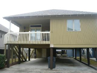 Great Deal for Family Friendly Myrtle Beach Summer Cottage with Pool