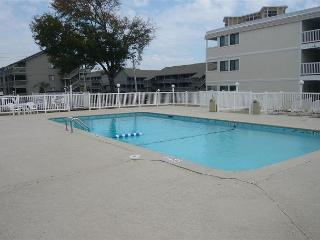 Nice & Convenient Vacation Rental 2 Bedroom at Shore Drive, Myrtle Beach