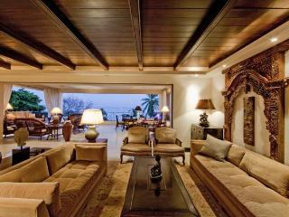 On the Beach • Full-Time Cook • AD Interiors, Punta de Mita