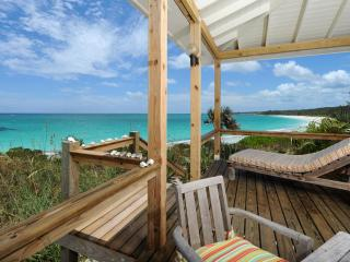 Cayo Loco Atlantic Eleuthera Honeymoon Beachfront Romantic PinkSand Beach Houses