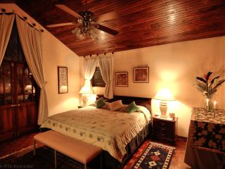 Royal Suite #1, San Antonio De Belen
