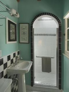 Green Cottage Bathroom