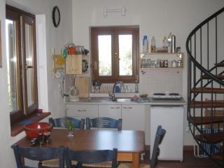 HOUSE FOR RENT / STUDIO -APARTMENT FOR VACATION, Chorefton