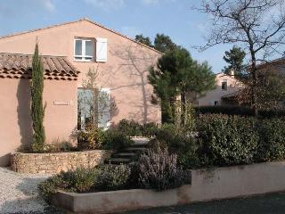 villa in the Provence near golf course and sea, Nans-les-Pins