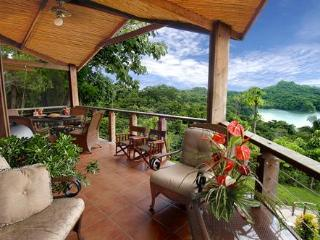 One-Bedroom Villas in the Rainforest & Ocean View, Manuel Antonio National Park
