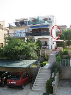 Apartment position