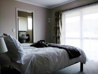 Masterbed room with ensuite