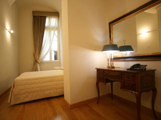 1 bedroom Apartment in Florence, Tuscany, Italy : ref 5455277