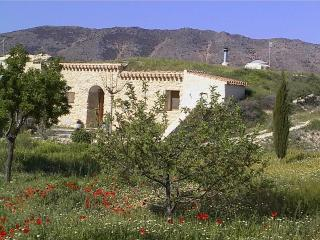 Rural holiday cave-house, beautiful location, ORCE, Grenade