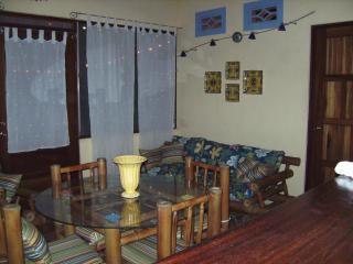 Lagodima, Quaint 2-Bedroom Villa close to the Surf, Nosara