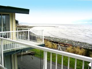 Qualicum Beach House & Villas