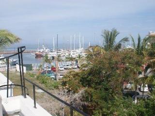 Marina Palmira Condominium