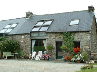 Triton Cottage, Central Brittany, sleeps 6 + 1