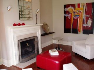 Le Selkirk - Intimate & Sophisticated, Montreal