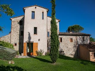 Exclusive House on border Umbria / Tuscany, heated Pool, max. 8 guests