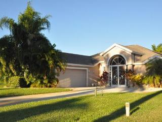 3 bedroom house in Naples with lake view, Napels