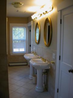 Master Bedroom Master Bath