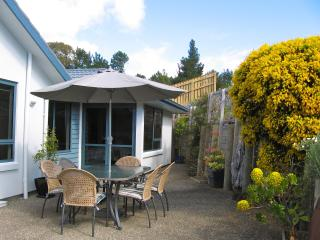 Bay Vista KAITERITERI - Award Winning Luxury 3 Bedroom Property.