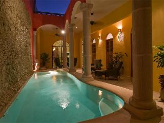 Spacious, Convenient , Memorable,  CASA ESPLENDIDA, Merida