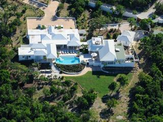 ENCORE... a fabulous contemporary villa with 5 huge master suites..., Terres Basses