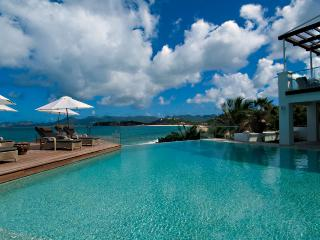 L'OASIS... Heavenly, Super Deluxe beachfront estate has everything!!, Saint-Martin