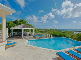 LA SAVANE... comfortable, spacious 4 BR villa, great for families!