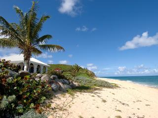 LA MISSION... Affordable 4 BR Beachfront - Best Value!