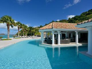 Petite Plage 4 at Grand Case Village,  Saint Maarten - Beachfront, Pool, Amazing Sunset View, Jacuzz
