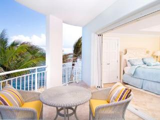 The Lighthouse 2B - Ideal for Couples and Families, Beautiful Pool and Beach, Philipsburg