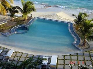RENDEZVOUS...A fabulous 2 BR contemporary 2 BR condo unit  on  a great beach!