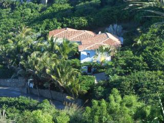 PRANA...3+ 1 BR.Gorgeous views over Dawn Beach & St Barts