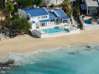 CARIBBEAN BLUE...beachfront home in Pelican Key, Simpson Bay