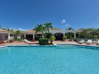 Day O at Terres Basses, Saint Maarten - Beachfront, Amazing Sunset Views, Pool