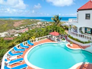 LA GRANDE VIGIE... St Maarten Villa Situated Hilltop In Oyster Pond