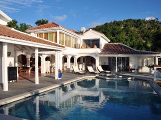 Opulent Mediterranean Luxury at the rental Villa St Tropez, Simpson Bay