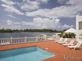 D'AQUARIO....located in Point Pirouette, St. Maarten's most exclusive gated community
