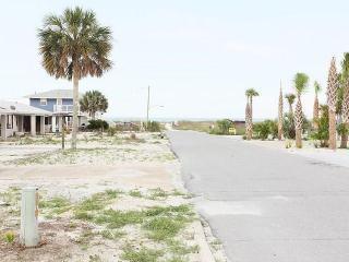 Great Beach Escape! 2br duplex- Mexico Beach, FL