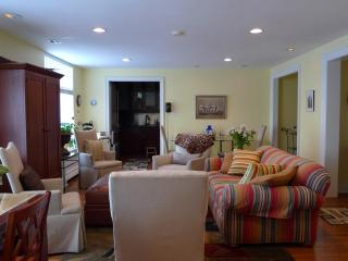 1 bedr living room