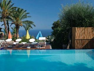 Casa Catania I holiday vacation villa apartment rental italy, sicily, catania