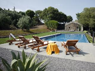Villa Edera holiday vacation villa rental italy, sicily, etna, catania, holiday