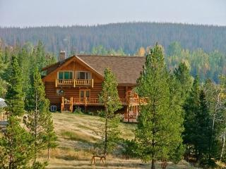 Big Creek Lodge + Eagles Nest Cabin