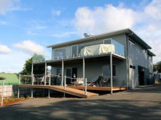 Self  contained seaside holiday home. Sleeps 8, Bridport