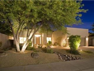 NEWLY RENOVATED! Resort Living in Golf Community!, Scottsdale