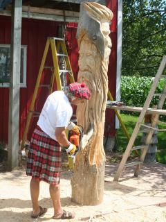 The kilted Carver