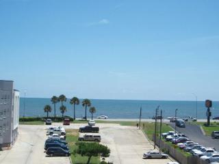 Casa del Vista has a breathtaking view of the Gulf of Mexico., Galveston