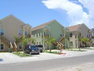 Luxury condo-400 feet from Sand., South Padre Island