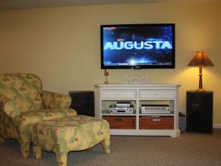 Living Room 2 with 50' Flat Screen TV and DVD