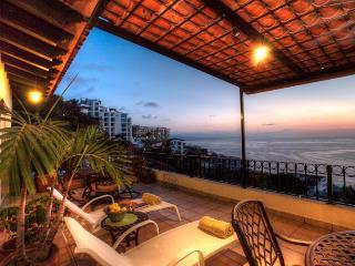 Penthouse Above Los Muertos Beach, Ocean Views, Puerto Vallarta